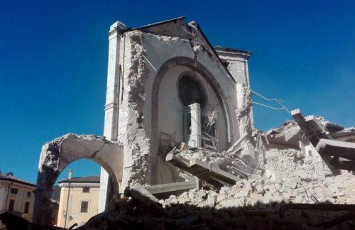 STORIE DI DISAGIO SOCIALE – TERREMOTATI DEL CENTRO ITALIA.